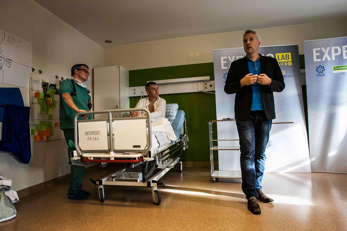 Bild på Tomas inviger Experio Lab